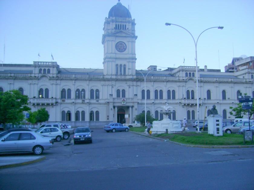 El Ejecutivo busca por Ley que la provincia limite el crecimiento del gasto público