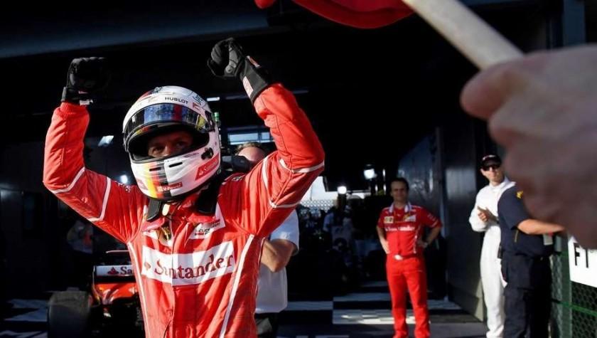 Vettel sorprendió a Mercedes y se quedó con el Gran Premio de Australia