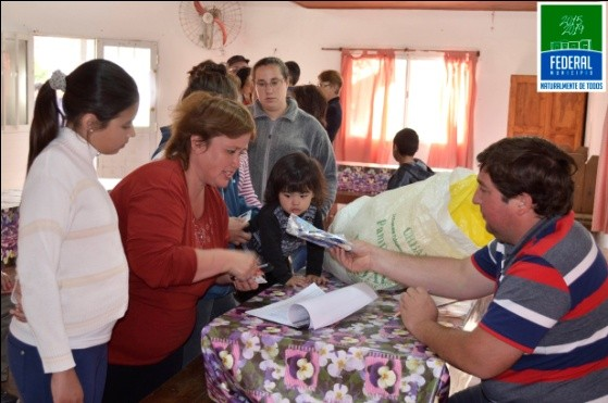ENTREGA DE SEMILLAS DEL PROGRAMA HUERTA FAMILIAR