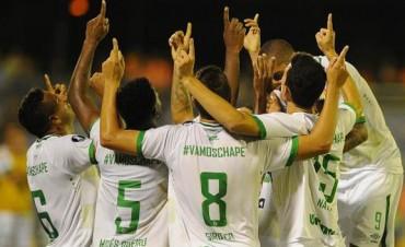 Chapecoense debutó en la Libertadores con una victoria en Venezuela