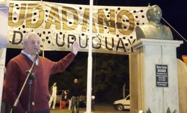 Se inauguró el nuevo monumento a Néstor Kirchner en Concepción del Uruguay