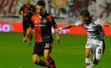 Patronato y Newell's dividieron puntos en el Presbítero Grella
