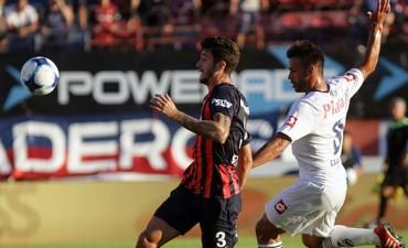 San Lorenzo goleó y alcanzó a Boca en la punta del torneo