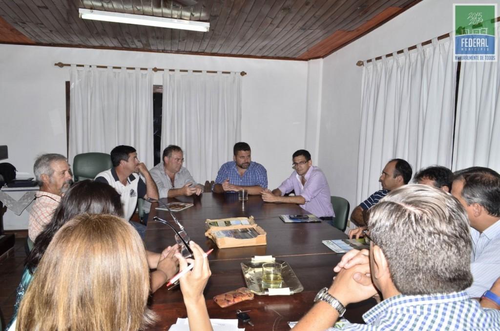 El Intendente Chapino estuvo en la reunión por la emergencia hidrica
