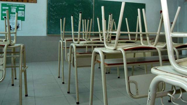 El Gobierno anunció que descontará los días de paro a los docentes