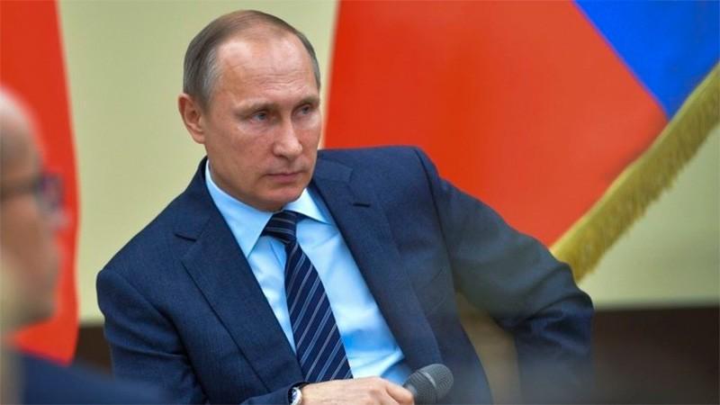 Con más del 71% de los votos, Putin es reelecto como presidente de Rusia