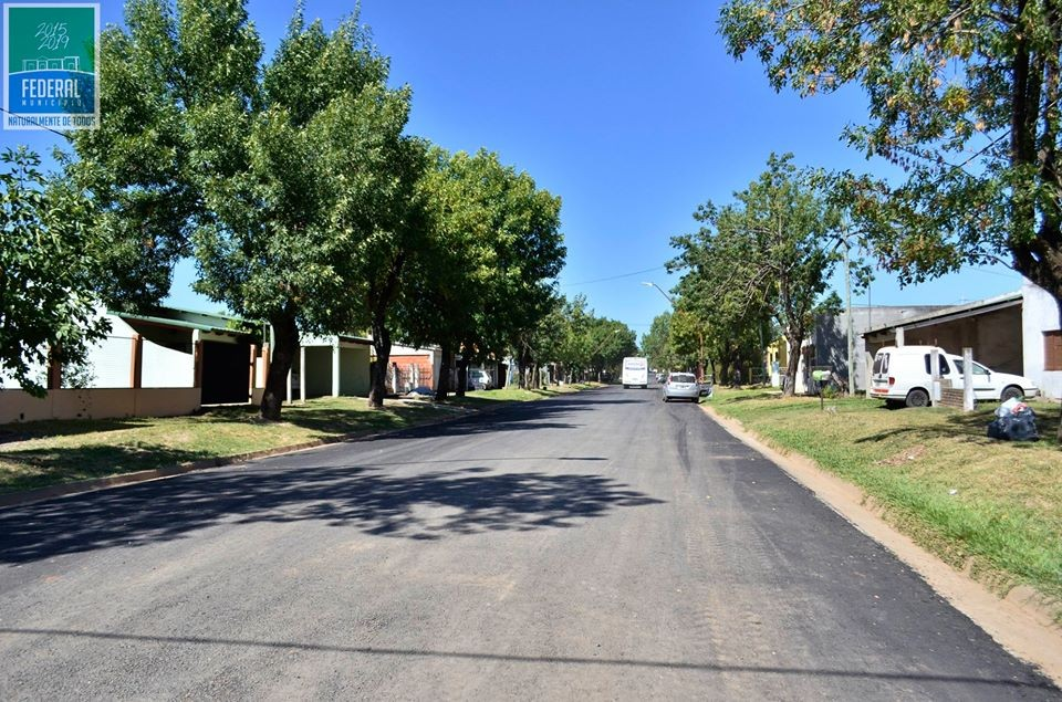 Calle Santa Rosa cuenta con nuevo asfalto