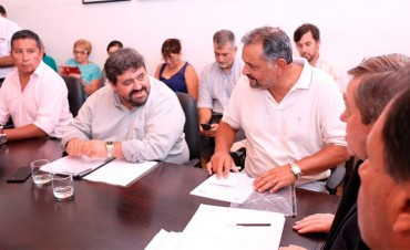 Paritaria estatal: UPCN y ATE rechazan la nueva oferta salarial