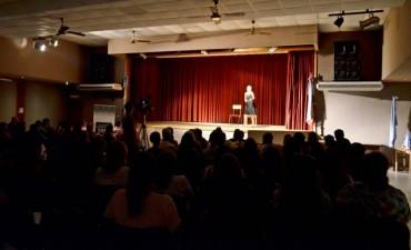 Noche de Teatro para culminar la Semana de la Mujer