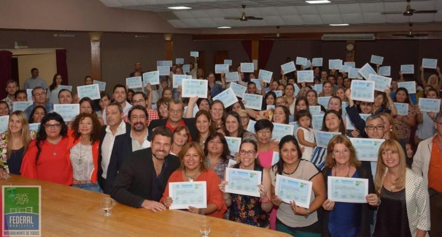 Mas de 200 personas recibieron su Certificado de la Diplomatura en Abordaje de Adicciones