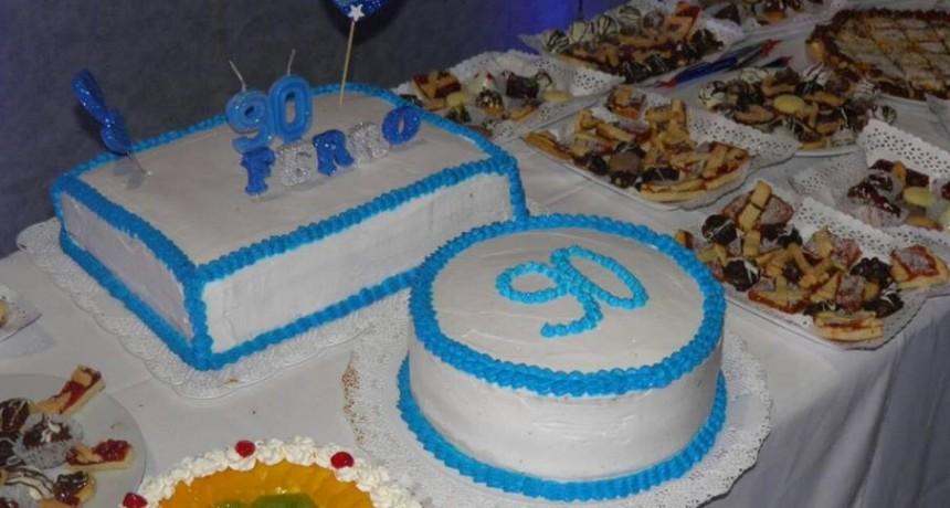 Festejos de los 90 años del club Ferro en Federal.