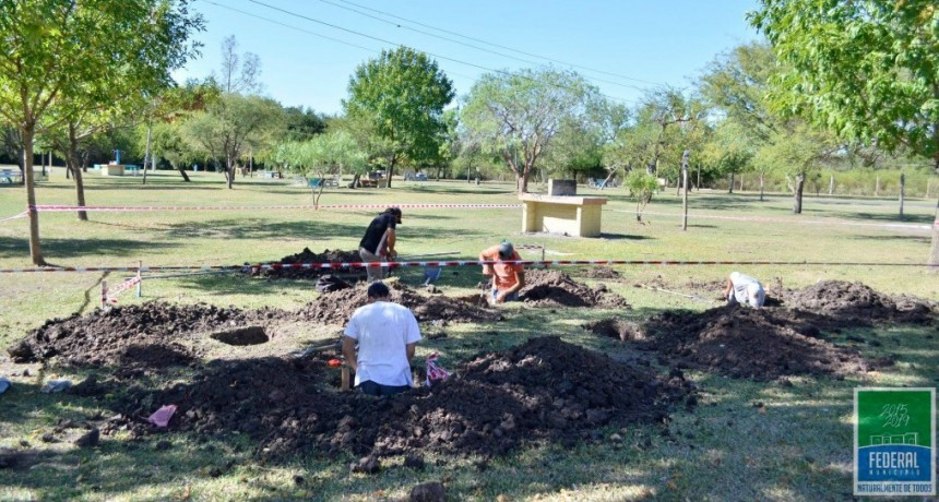 El Municipio construye nuevas churrasqueras en el Puesto 4