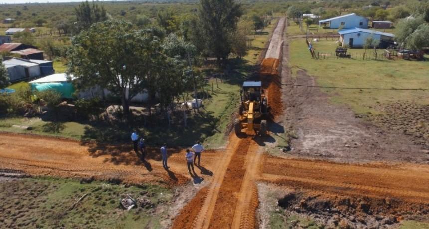 El Municipio concreto exitosamente el proyecto de enripiado en Paraje Las Delicias