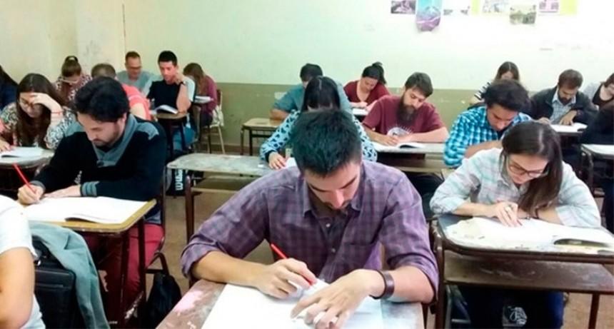Becas Progresar: Pagarán hasta $7.400 por mes a estudiantes de profesorado