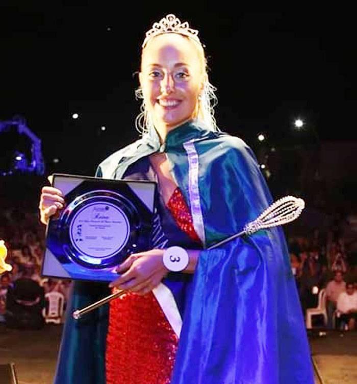 Antonella Finis es la nueva reina de la Fiesta Provincial del Ternero Entrerriano. de Federal la Primera Princesa