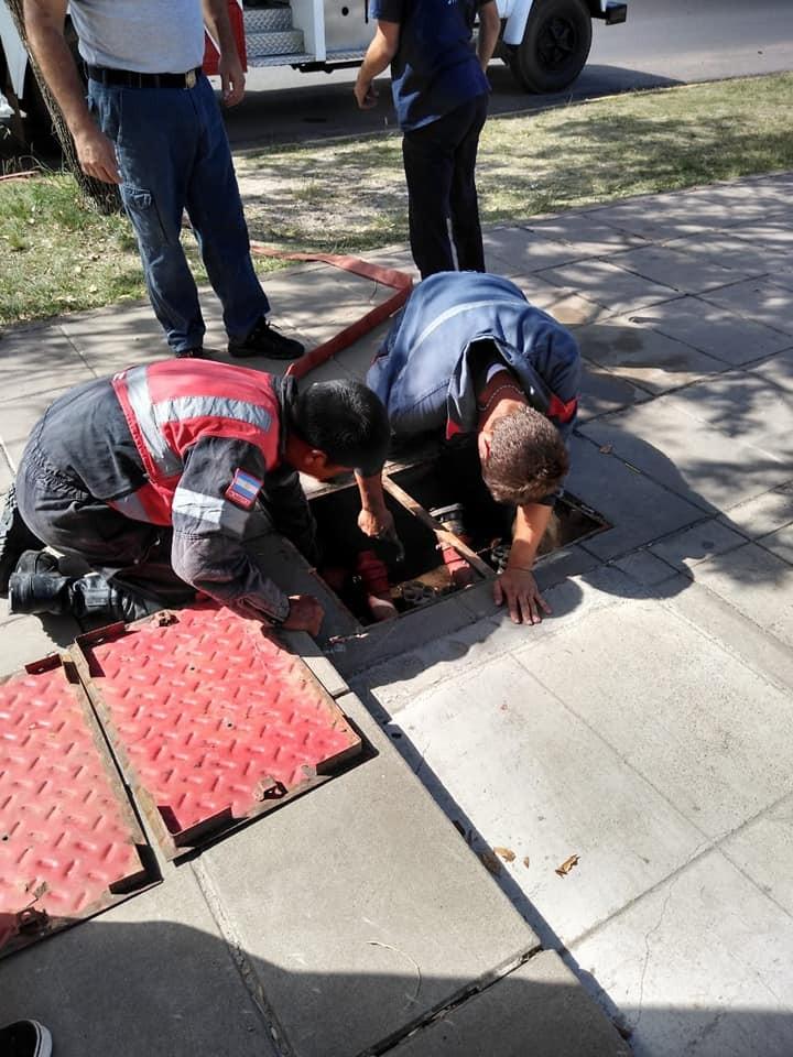 Bomberos Voluntarios supervisaron el sistema de seguridad contra incendios del Hospital Urquiza ..