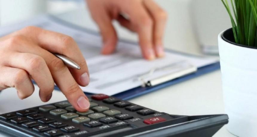 Todos los monotributistas deberán emitir una factura online a partir de abril