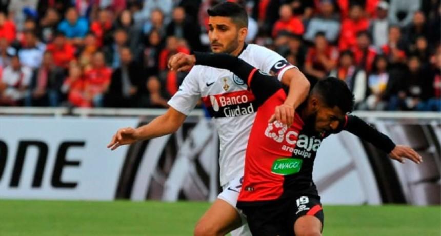 Copa Libertadores: San Lorenzo se llevó un empate de Perú en su debut