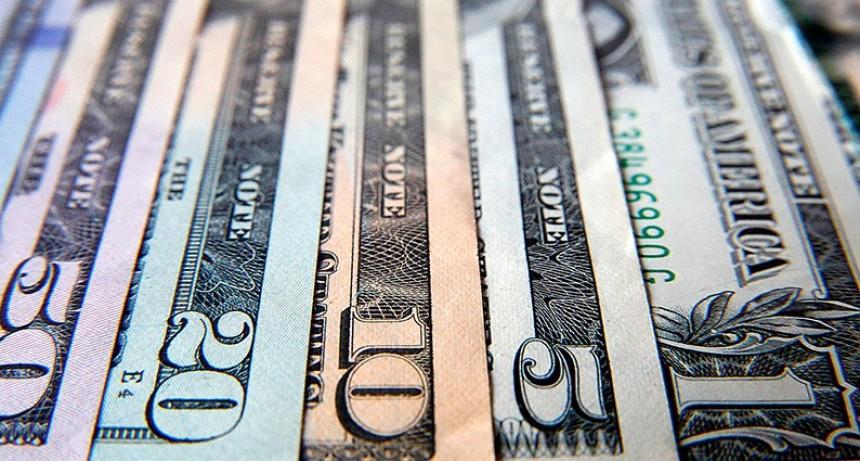 Claves del dólar y su futuro: Inflación, recesión, elecciones y clima externo