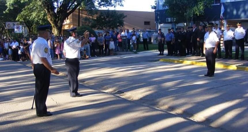Acto Oficial por el Día de la Policía