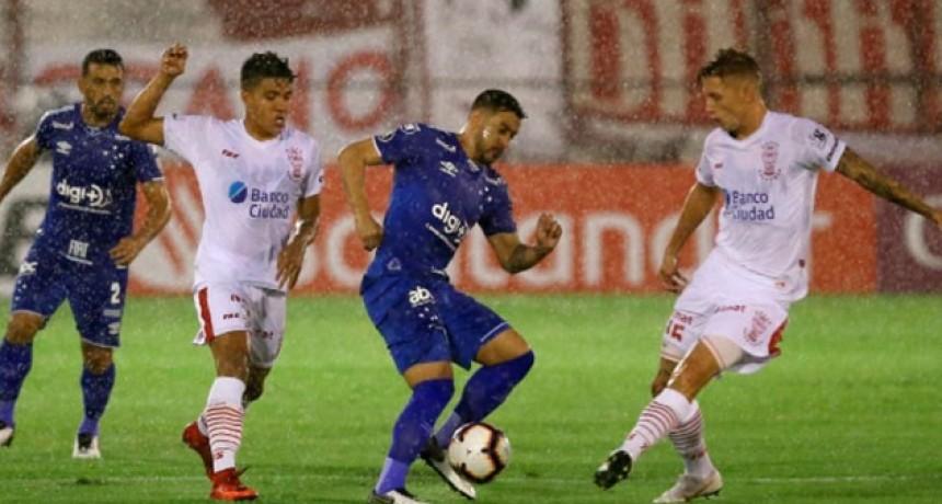 Huracán comenzó la Copa Libertadores con una derrota frente a Cruzeiro