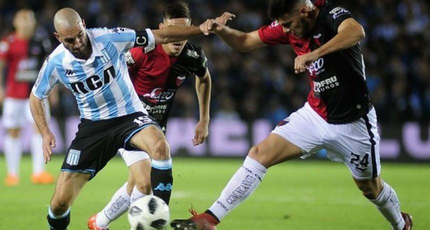 Racing rescató un agónico empate frente a Colón en Santa Fe