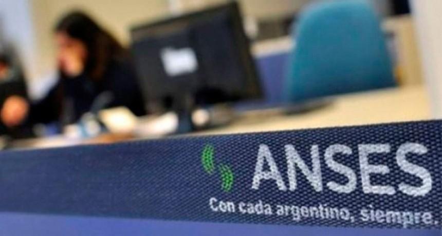Fijan nuevo tope de ingresos para cobrar asignaciones familiares