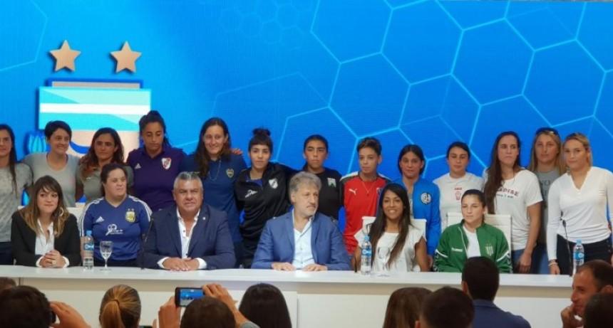 Histórico: AFA anunció la profesionalización del fútbol femenino