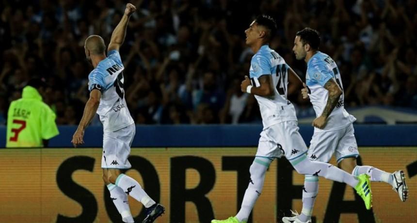 Racing derrotó a Belgrano y quedó más cerca de la gloria en la Superliga