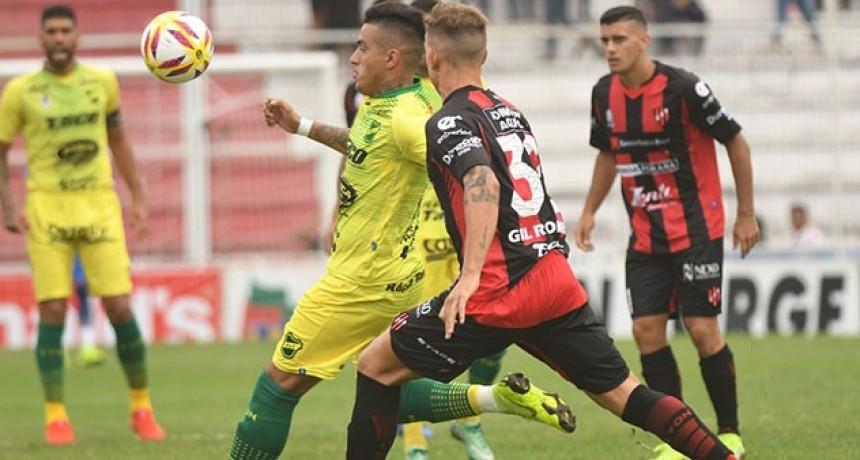 Superliga: Patronato le ganó a Defensa y quedó más cerca de la permanencia en Primera