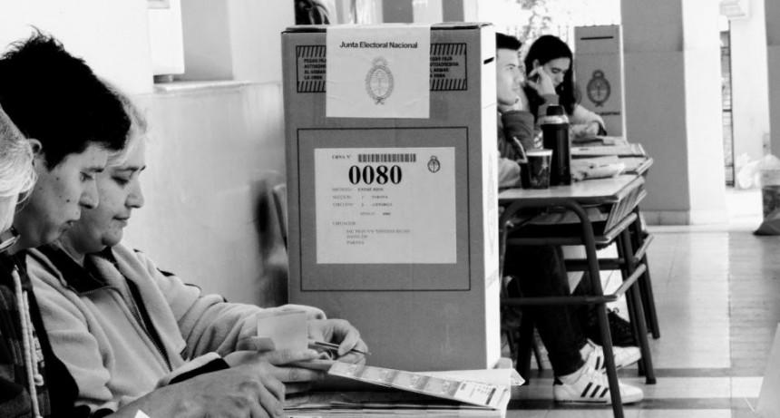 Entre Ríos se encamina a la elección más polarizada del siglo