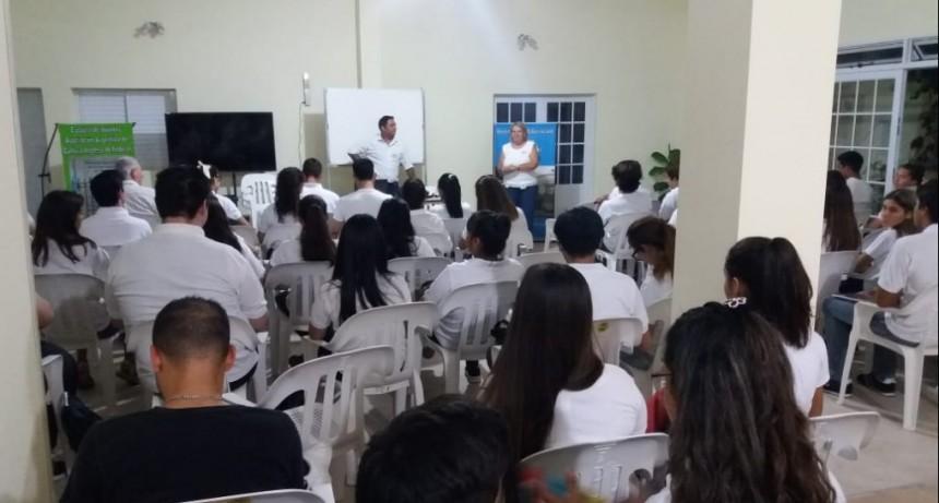 Comenzaron los cursos de propedéutico en el centro educativo D235