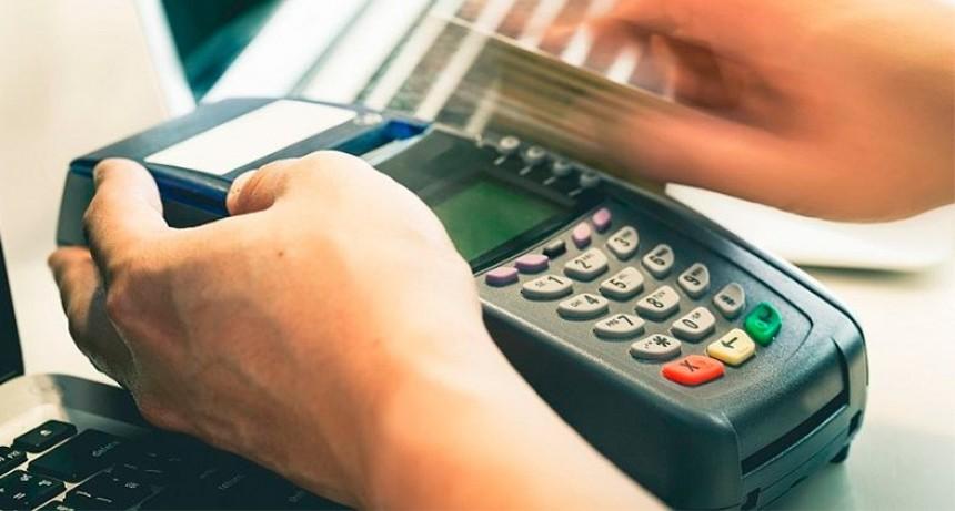 Compras con débito: Ponen en marcha el mecanismo de devolución del 15%