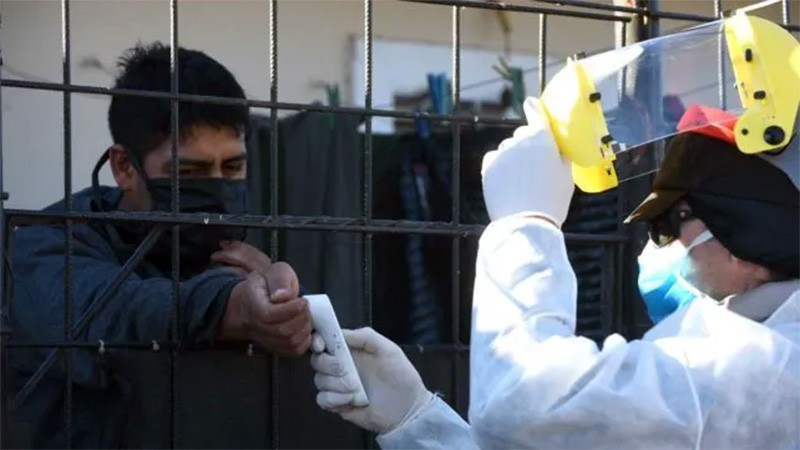 Se registraron 191 muertes y 7432 casos de covid-19 en Argentina