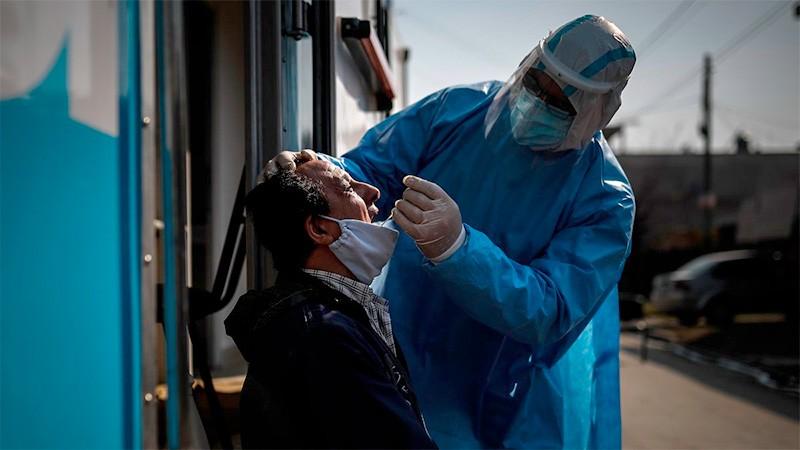 Informaron 140 muertes y 7891 nuevos casos de covid-19 en Argentina