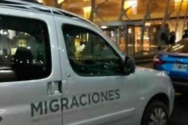 Migraciones: cómo funcionaba el espionaje ilegal en la gestión de Macri