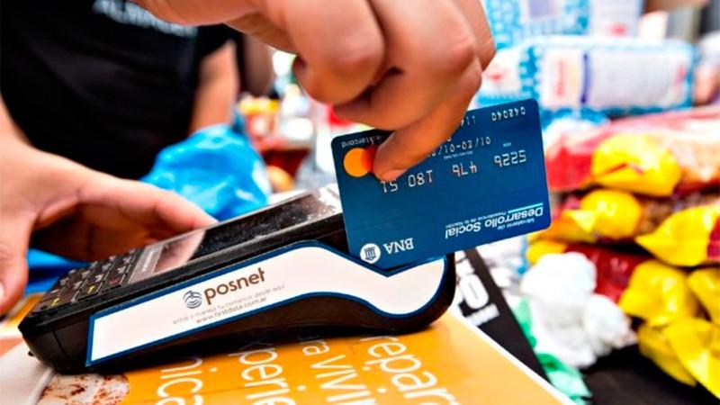 En caída libre: casi 2 millones menos de personas tienen tarjeta de crédito