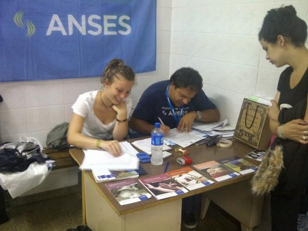 El equipo de ANSES visita Federal, Conscripto Bernardi y Sauce de Luna