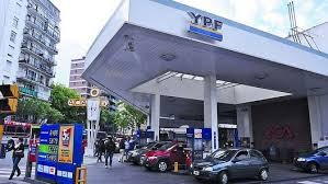Este jueves aumentan los precios de los combustibles