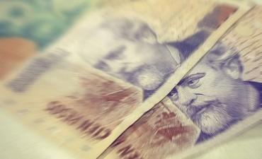 Se cobra el salario de marzo con aumento en la administración central y el Copnaf
