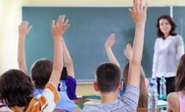 Se pagarán por complementaria montos salariales adeudados a docentes