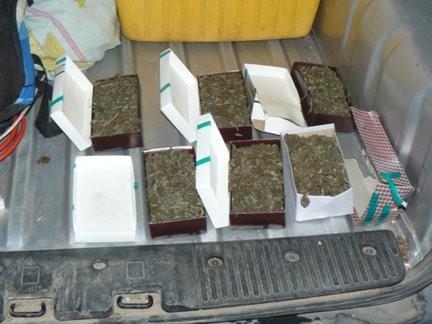 En caja de Bombones llevaba Marihuana