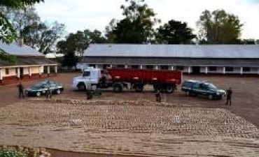 Gendarmería incautó más de 6.000 kilos de marihuana en un camión que tenía como destino Paraná