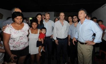 El Ministro Frigerio recorrió la zona afectadas por las inundaciones