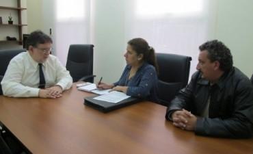 La provincia aseguró la continuidad de los  planes de viviendas para docentes
