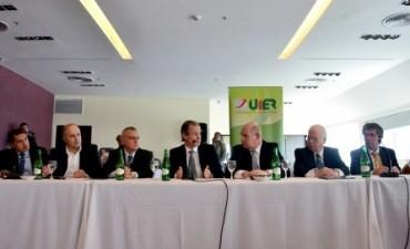 """Bordet garantizó """"reglas claras"""" para las empresas que se radiquen en Entre Ríos"""