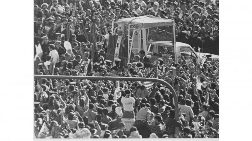 A 30 años de la última visita de Juan Pablo II: las mejores fotos y el recuerdo de su paso por la Argentina