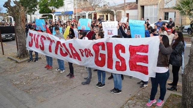 El femicidio de Gisela López: A un año, un pueblo carga el dolor sin explicaciones
