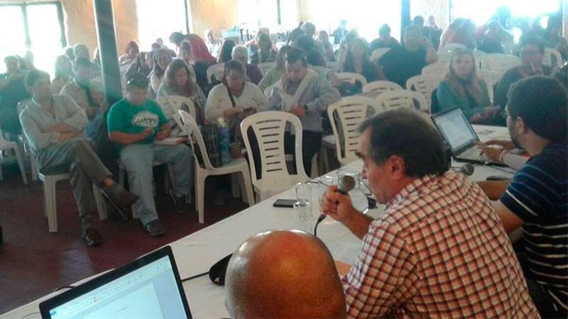 Agmer rechazó la oferta salarial del Gobierno y dispuso un paro en suspenso