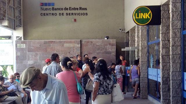 El sábado arranca el pago a estatales entrerrianos